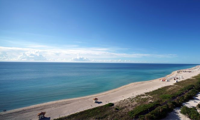Ocean view from Miami luxury condos